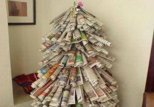 albero-di-natale-giornali